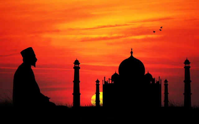 Younus AlGohar: There is No Such Thing as Islamophobia